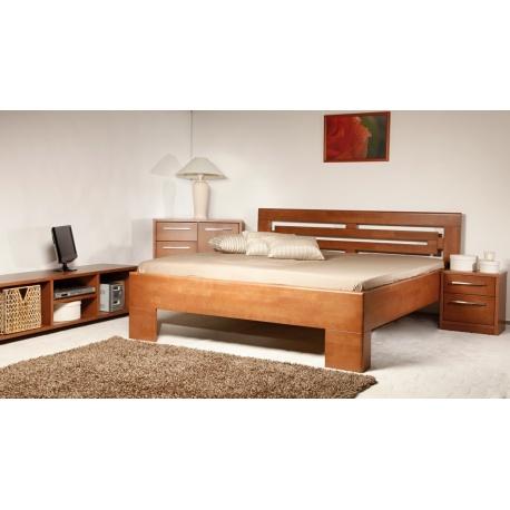 Masivní postel s úložným prostorem Vareza 2