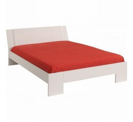Bílá postel lesk