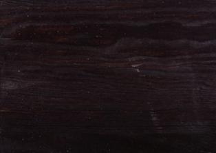 K06 - tmavě černá borovice